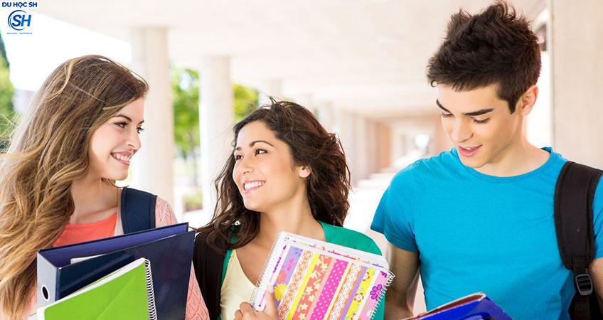 Du học Anh: Những điều cần lưu ý khi viết đơn xin nhập học