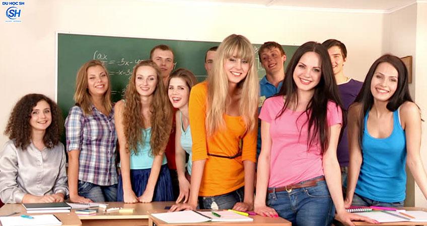 Du học Canada: Các loại hình đào tạo phổ biến sau bậc phổ thông